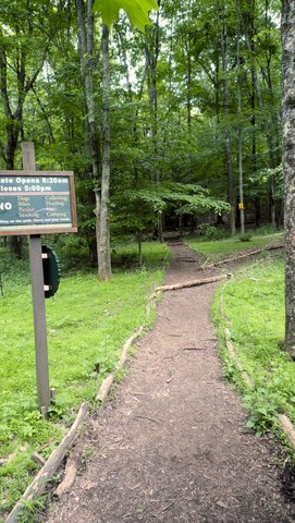 Trailhead, Mianus River Gorge, Westchester County, NY