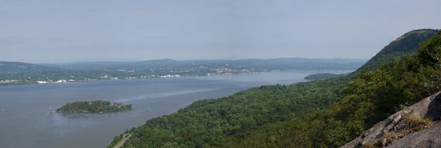 Hudson River, from Pollepel Island to Newburgh-Beacon Bridge, New York