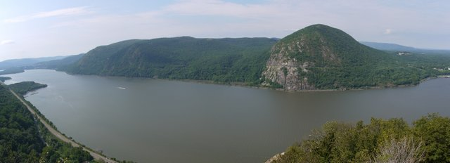 Storm King Mountain, from Breakneck Ridge, NY