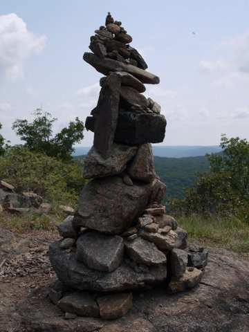 Cairn at overlook, Breakneck Ridge Trail, Hudson Highlands State Park, New York