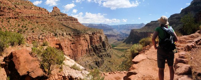 Above Three Mile Resthouse, Bright Angel Trail, Grand Canyon
