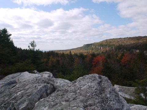 View from Millbrook Mountain Carriageway, Minnewaska State Park Preserve
