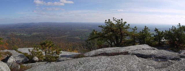 Scenic view below Gertrude's Nose Trail, Minnewaska State Park Preserve, NY