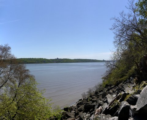 Shoreline from the Giant Stairs, Palisades Interstate Park, Bergen County, New Jersey
