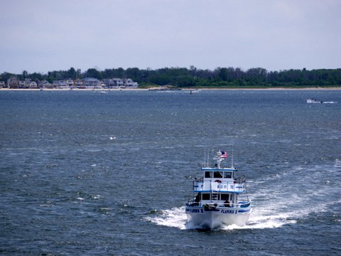 Flamingo III Approaching Gerritsen Inlet, Brooklyn, Kings County, New York